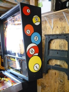 Gottlieb Cue Ball Wizard - Backbox Right